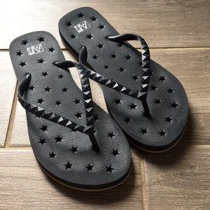 Shoes - Women's Flip Flops